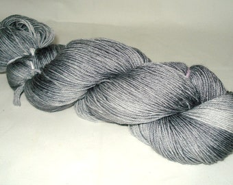 Silver/Gray Tonal Umpqua Hand Dyed Fingering Weight Sock Yarn 4 oz  433 yards
