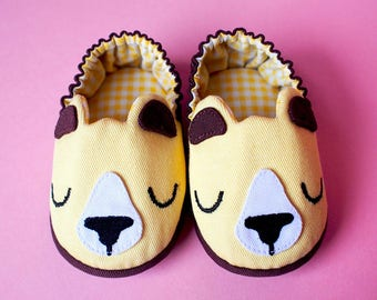 Bear Baby Booties, Elastic Baby Booties, Yellow Baby Booties, Fabric Baby Shoes, Prewalker Booties, Newborn Infant Booties, Honey Bear 05