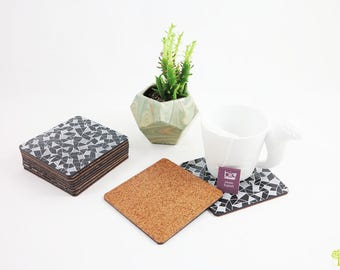 Coasters / coaster / beermats black and white geometric patterns