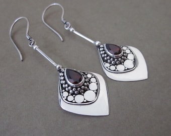 Dazzling Silver sterling Garnet gemstone dangle Earrings / silver 925 / 2 inches long / Bali jewelry art