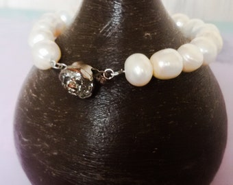 Freshwater pearls,bracelet,wedding jewelry,womens gift,white color