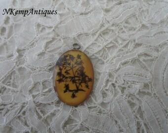 Vintage pendant pressed flowers