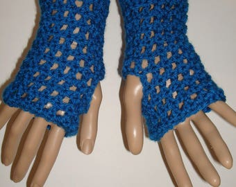 Crochet Sapphire Springtime Fingerless Gloves Wristers/Texting Glove Wristers/Womens Accessories/Gloves/Armwarmers/Summer Fingerless Gloves