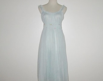 Vintage 1950s Blue Nightgown / 50s Blue Nightgown With Floral Rosette Design By Gotham Gold Stripe - Size 32
