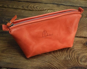 Leather makeup bag, small leather pouch, makeup bag leather, leather make up bag, cosmetic pouch, leather toiletry bag, small makeup case