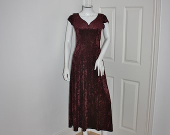 Red velvet dress - crushed velvet - maroon red - 90's wine colored dress - short sleeved - long maxi dress
