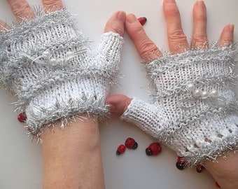 Crocheted Cotton Gloves M Ready To Ship Victorian Fingerless Summer Women Lace Wedding Evening Opera Hand Knitted Bridal Party White B58