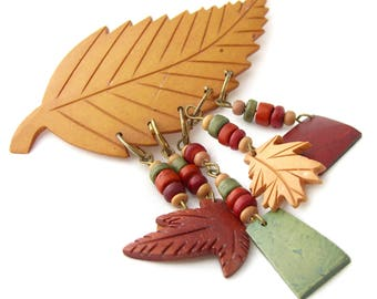 Vintage Carved Wood Brooch Dangling Autumn Leaves Pin Retro Jewelry