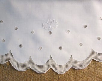 "Antique Lace Tablecloth Oval Table Cloth Table Linens 42"" x 55"" P Monogram Initial Personalized White Irish Linen Dining Room Vintage Linens"