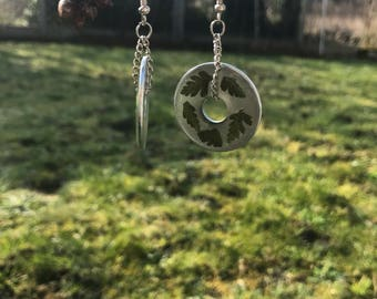 Leaves swirl donut earrings