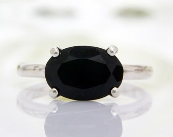 SUMMER SALE - silver ring,oval ring,cocktail ring,gemstone ring,black diamond ring,delicate ring,thin stacking stone ring