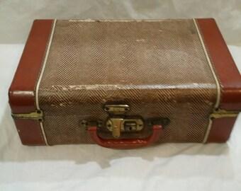 Antique travel luggage suitcase