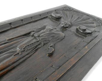 Antique French 1600's Medieval Carved Wood Panel. Antique Shell / Monk Wood Carving. Church Architectural Salvage. French Decor. Home Decor.