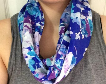READY to ship infinity scarf - two towers-floral on a background color purple cotton and silk