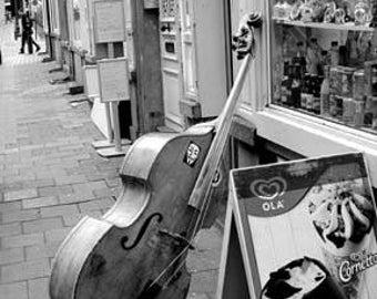 Bruxelles Cello Waiting - Original Signed Fine Art Photograph