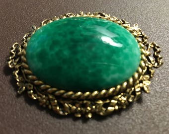 Vintage 1960s ART Green Malachite Gemstone Portrait Cameo Brooch