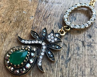 Long, Gold and Green, Crystal Flower detail necklace