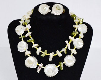Vintage Jewelry Set of Necklace and Clip-On Earrings Made of Shells and Glass Beads Japan