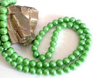 Wholesale lot of 100 Green Pearl glass beads, 8mm