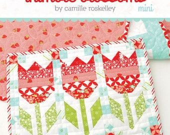 PATTERN mini Vintage Tulips quilt wall hanging