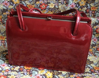 Vintage Middx red patent leather bag