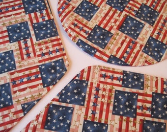 American Flag Wedge Placemats Reversible set of 4 or 6 Red White and Blue Wedge Placemats Patriotic Wedge Placemats for a round table