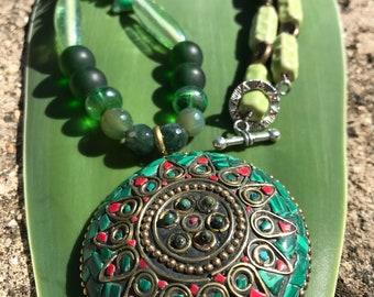 Malachite Inlay Heart Chakra Necklace