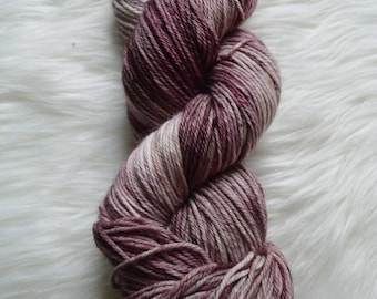 Aurora-DK 75 Percent Superwash Wool Percent Nylon, 246 Yards
