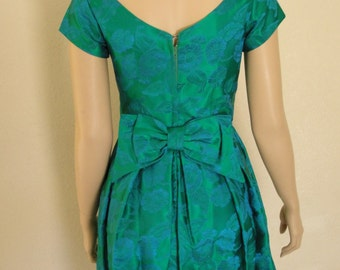Vintage 1950s Emerald Green & Blue Satin Brocade Dress Bridesmaid Wedding Cocktail Retro 50s Rockabilly bow in the back small