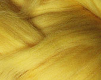 Merino Wool top fibre, dyed yellow roving, 100g, Needle felting, wet felting, spinning, yellow