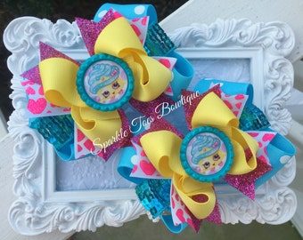 CUPCAKE QUEEN SHOPKINS Shoe Bows Shopkins party Shopkins Birthday Cupcake Queen Outfit Yellow Bows Shoe Toppers Turquoise Pink bow Pageant