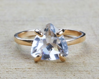 SUMMER SALE - Clear quartz ring,gemstone ring,rose gold ring,crystal ring,triangle ring,trillion ring,prong ring,cocktail ring