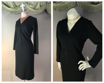 50s dress 1950s vintage CHIC BLACK WOOL hourglass V neckline hip seam dress
