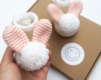 Crochet baby bunny shoes, Easter baby gift, New baby gift, Baby shower present, Gender reveal, Photo shoot prop, Baby girl shoes,
