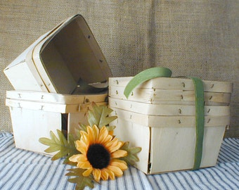 Lot of 4 Vintage Wooden Berry Baskets - Strawberry Baskets - Farm Produce Containers