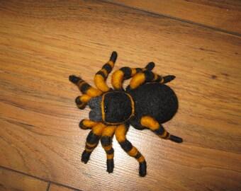 Tarantula brooch