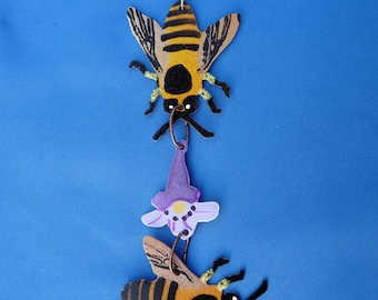 Metal Honeybee Ornament with Flower