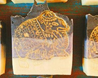 Coconut charcoal & Sandalwood Soap
