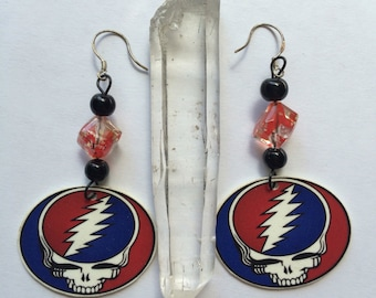Grateful Dead inspired steal your face earrungs .