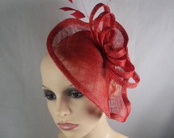 Red fascinator/hatinator. Races hat-Wedding hat-Special occasion hat. (HALF PRICE SALE)