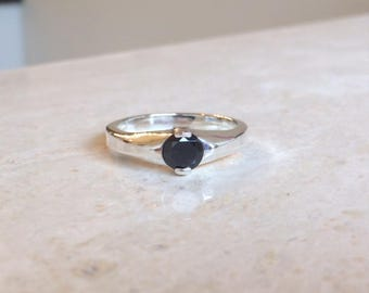 Men's Genuine .90 Ct. (6mm) Round Black Moissanite Sterling Silver Dome Ring Size 10