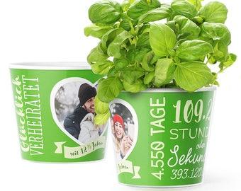 Petersilienhochzeit Geschenk Blumentopf (ø16cm)   Deko zum 12,5 Hochzeitstag mit Herz-Rahmen für ein gemeinsames Foto (10x15cm)