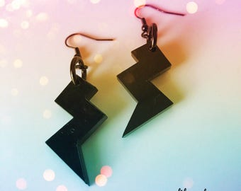 BLACK THUNDERBOLD earrings