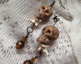 Limited Halloween skull earrings with real rattlesnake bones