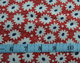 Hi De Ho Fabric - White Daisy Fabric, Red, White and Blue - Quilting Fabric - By The Yard - Cotton Yardage - Fat Quarter, Half Yard