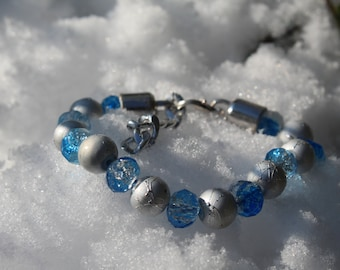 Bracelet blue and silver beads