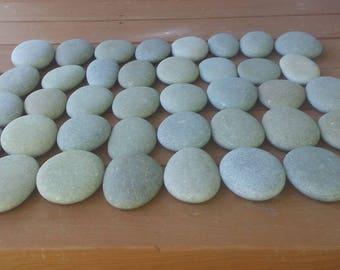 "40 Smooth Beach Stones 3 1/2""- 4""  Wedding Stones, Painting Stones, Craft Stones"