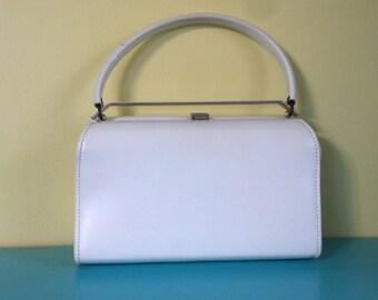 Vintage White Top Handle Bag // vinyl // 60s