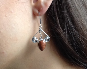 Sandstone earrings with silver detail