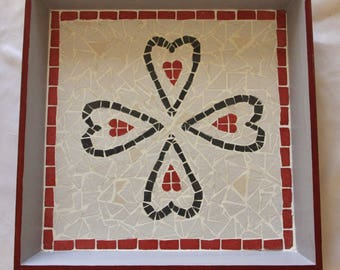 SQUARE MOSAIC TRAY - 32x32 cm Red and gray hearts
